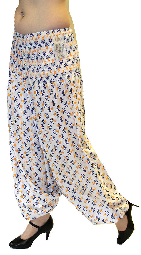 9d433432c4eb Ganga - DÁMSKÉ - KALHOTY - Bavlněné kalhoty - aladinky bílé kal933