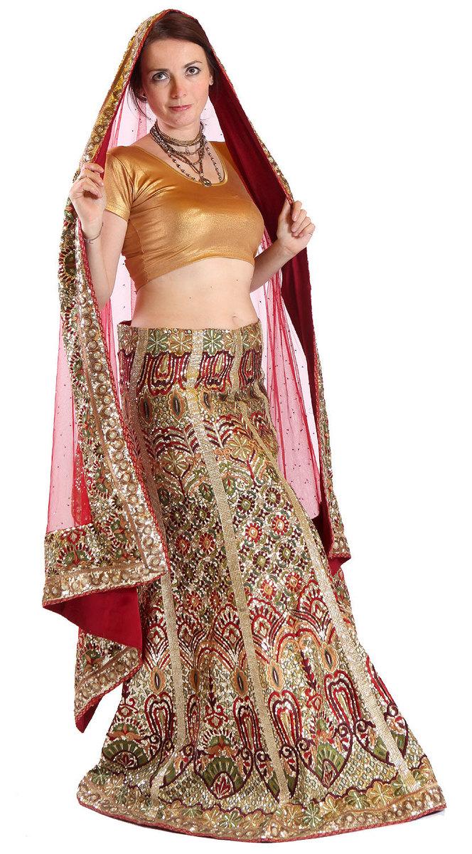 Ganga - SÁRÍ A SPOL. - KOLOVÁ POLOSÁRÍ - Luxusní svatební šaty z Indie M 82a6ed1f856